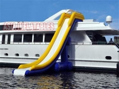 20 Foot Inflatable Yacht Slide Suppliers
