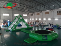 gelongsor air trampolin terjun